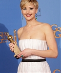 71st_Annual_Golden_Globe_Awards_press_room_284229.jpg