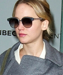 December_16_-_Leaving_Tribeca_Film_Center_in_New_York_28929.jpg