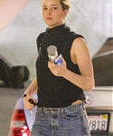 January_27_-_At_a_office_building_to_attend_a_doctor_s_appointment_in_Beverly_Hills_28329.jpg