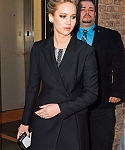 March_21_-_Leaving_her_hotel__in_NYC_283129.jpg