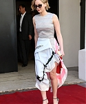 May_17_-_Leaving_the_Majestic_Hotel_in_Cannes2C_France_28629.jpg