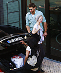 May_22_-_Arriving_at_her_hotel_in_Berlin_28329.png