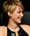 November_14_-_The_Hunger_Games_Catching_Fire_Press_Conference_in_Rome_281229.jpg