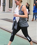 November_16_-_Leaving_Soul_Cycle_Gym_in_New_York_281129.jpg